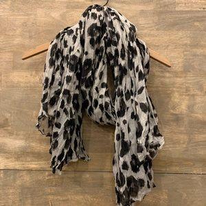 Cheetah/Leopard Long Scarf 🧣